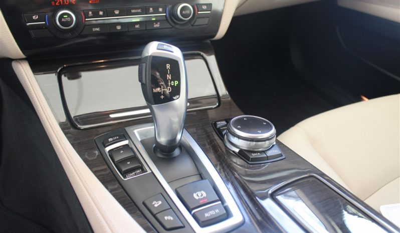 BMW 520d Xdrive LUXURY completo