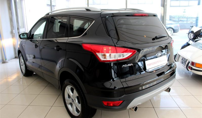 FORD KUGA BUSINESS 2WD completo