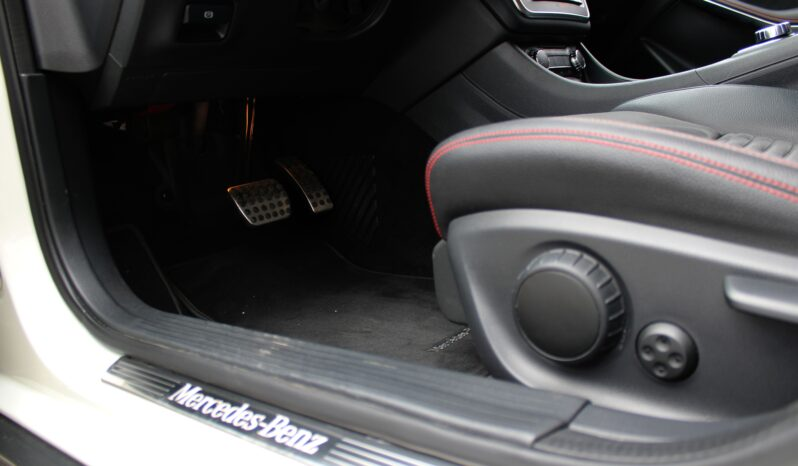 MERCEDES-BENZ GLA 200 AUTOMATIC 4 MATIC PREMIUM AMG pieno